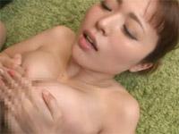 誘惑妻のムッチムチ食い込み肉感コス 桃瀬友梨奈